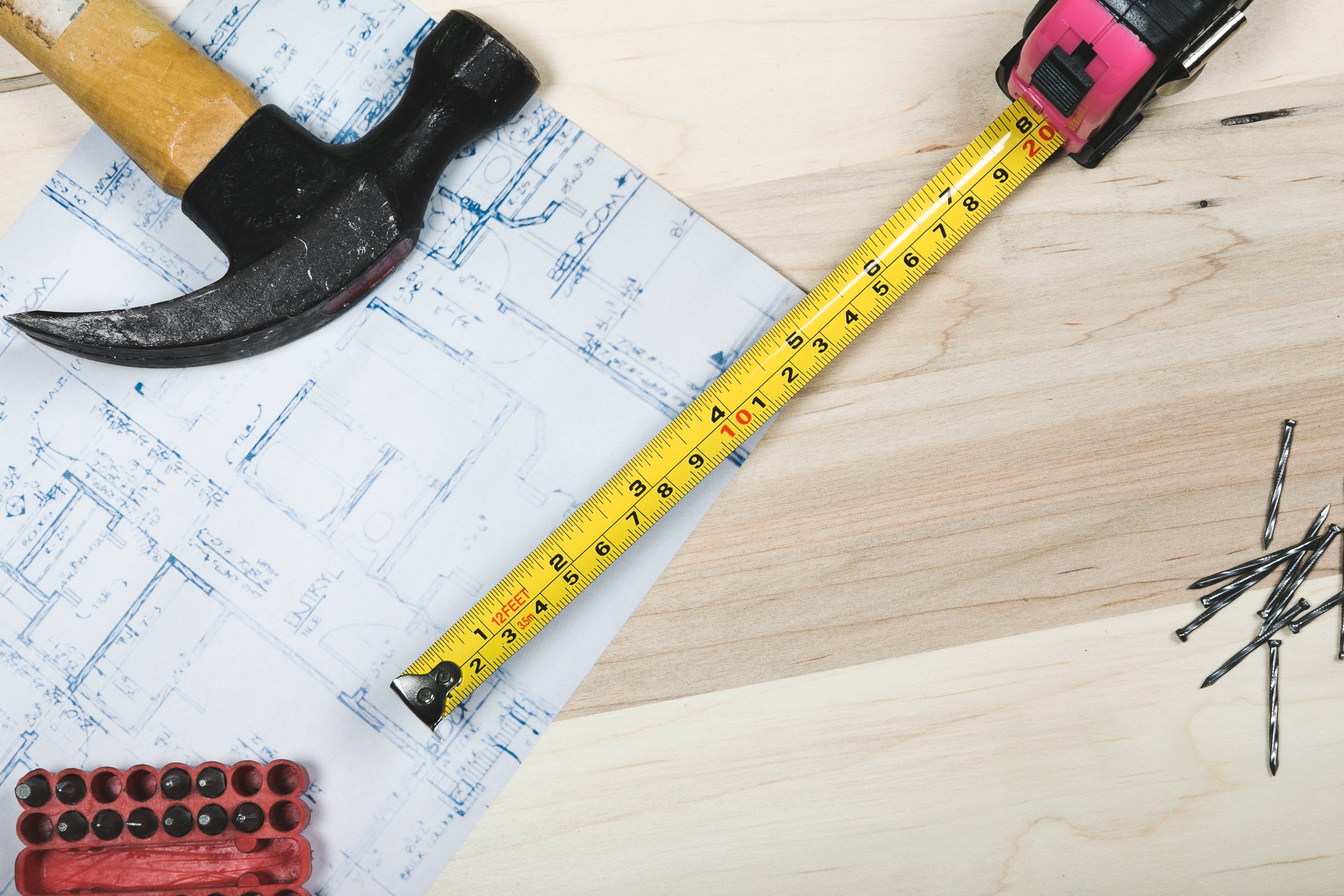 how-to-manage-subcontractors-in-construction.jpg